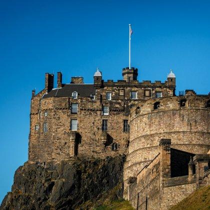 Incontri a Edimburgo Scozia collegamento elettrico per piscina sopra terra